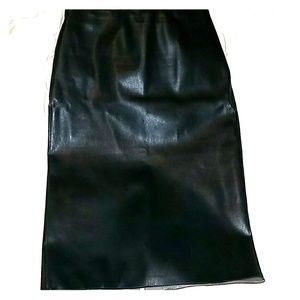 Zara faux-leather pencil skirt. XS.